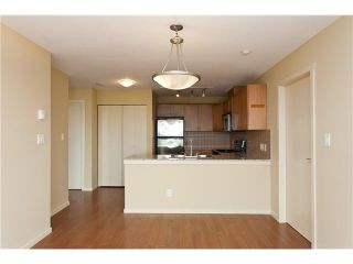 """Photo 4: 701 415 E COLUMBIA Street in New Westminster: Sapperton Condo for sale in """"SAN MARINO"""" : MLS®# V905282"""