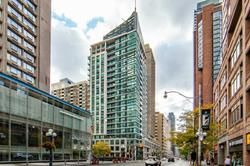 Main Photo: 1121 Bay St in Toronto: Bay Street Corridor Condo for sale (Toronto C01)  : MLS®# C4950278