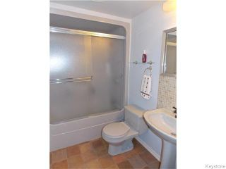 Photo 13: 60 Whitehall Boulevard in Winnipeg: Residential for sale : MLS®# 1610686