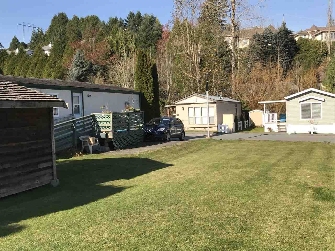 """Main Photo: 71 3300 HORN Street in Abbotsford: Central Abbotsford Manufactured Home for sale in """"Georgian Park"""" : MLS®# R2423912"""