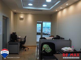 Photo 8: Offices in Torres De Las Americas