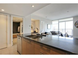 Photo 10: 2805 1111 10 Street SW in Calgary: Connaught Condo for sale : MLS®# C4004682