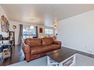 """Photo 17: 209 33870 FERN Street in Abbotsford: Central Abbotsford Condo for sale in """"Fernwood Mannor"""" : MLS®# R2580855"""