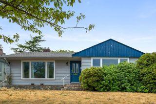Photo 1: 1738 Davie St in : Vi Jubilee House for sale (Victoria)  : MLS®# 885209