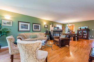 Photo 4: 8834 94 Street in Edmonton: Zone 18 House Half Duplex for sale : MLS®# E4264201
