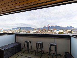 """Photo 36: 312 1647 E PENDER Street in Vancouver: Hastings Townhouse for sale in """"The Oxley"""" (Vancouver East)  : MLS®# R2555021"""