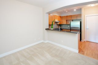 """Photo 6: 212 2280 WESBROOK Mall in Vancouver: University VW Condo for sale in """"KEATS HALL"""" (Vancouver West)  : MLS®# R2275329"""