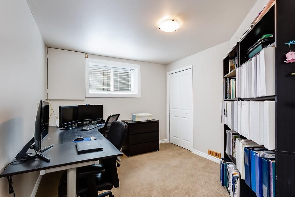 Photo 35: Photos: 115 SIERRA MORENA Circle SW in Calgary: Signal Hill Detached for sale : MLS®# C4299539
