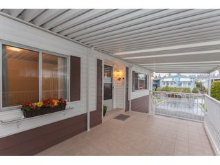 """Photo 3: 106 2303 CRANLEY Drive in Surrey: King George Corridor Manufactured Home for sale in """"Sunnyside"""" (South Surrey White Rock)  : MLS®# R2150906"""