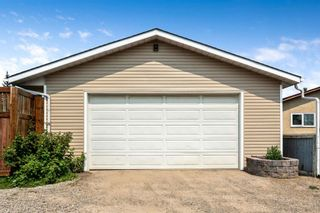 Photo 25: 1051 Pinecliff Drive NE in Calgary: Pineridge Detached for sale : MLS®# A1131055