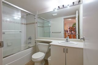 Photo 13: 305 2763 CHANDLERY Place in Vancouver: South Marine Condo for sale (Vancouver East)  : MLS®# R2416093