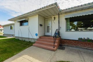 Photo 3: 9047 152 Street in Edmonton: Zone 22 House for sale : MLS®# E4248854