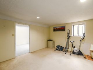 Photo 13: 2815 E 3RD Avenue in Vancouver: Renfrew VE House for sale (Vancouver East)  : MLS®# R2487598