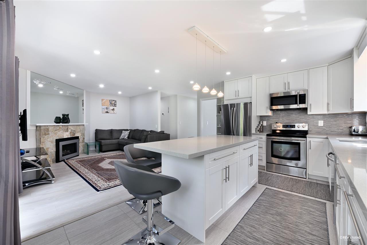 Photo 12: Photos: 15423 93 Avenue in Surrey: Fleetwood Tynehead House for sale : MLS®# R2488101