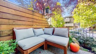 """Photo 2: 3268 HEATHER Street in Vancouver: Cambie Townhouse for sale in """"Heatherstone"""" (Vancouver West)  : MLS®# R2625266"""