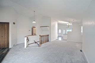 Photo 14: 140 Valley Meadow Close NW in Calgary: Valley Ridge Detached for sale : MLS®# A1146483