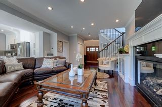 Photo 3: 2348 Nicklaus Dr in Langford: La Bear Mountain House for sale : MLS®# 850308