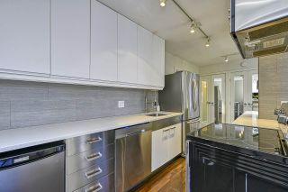 """Photo 9: 304 2370 W 2ND Avenue in Vancouver: Kitsilano Condo for sale in """"Century House"""" (Vancouver West)  : MLS®# R2540256"""