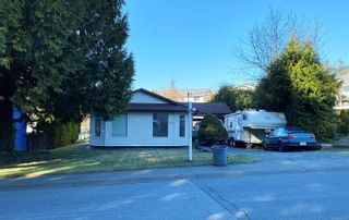 Photo 1: 1630 E 6th St in : CV Courtenay East House for sale (Comox Valley)  : MLS®# 861211