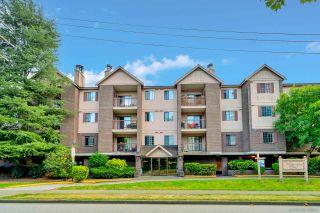 """Photo 1: 242 8500 ACKROYD Road in Richmond: Brighouse Condo for sale in """"WEST HAMPTON COURT"""" : MLS®# R2549728"""