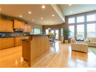 Photo 5: 130 Lindenshore Drive in Winnipeg: River Heights / Tuxedo / Linden Woods Residential for sale (South Winnipeg)  : MLS®# 1613842
