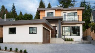 Photo 1: 3840 PROSPECT ROAD in North Vancouver: Upper Lonsdale House for sale : MLS®# R2039441