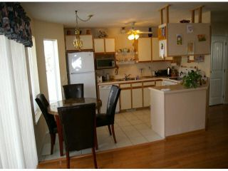 """Photo 3: 9 45640 STOREY Avenue in Sardis: Sardis West Vedder Rd Townhouse for sale in """"Whispering Pines"""" : MLS®# R2175072"""