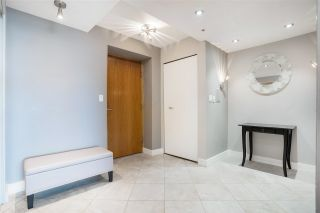 """Photo 21: 2003 1288 ALBERNI Street in Vancouver: West End VW Condo for sale in """"The Palisades"""" (Vancouver West)  : MLS®# R2591374"""