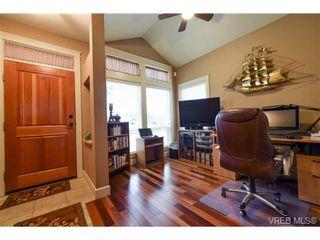 Photo 2: 7 551 Bezanton Way in VICTORIA: Co Latoria Row/Townhouse for sale (Colwood)  : MLS®# 717486