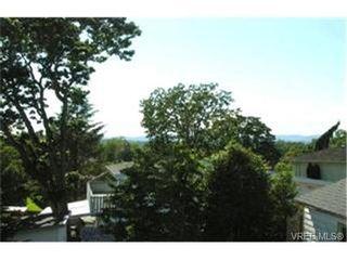 Photo 7:  in VICTORIA: Vi Mayfair House for sale (Victoria)  : MLS®# 367603