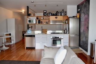 """Photo 4: 702 528 BEATTY Street in Vancouver: Downtown VW Condo for sale in """"BOWMAN LOFTS"""" (Vancouver West)  : MLS®# R2455074"""