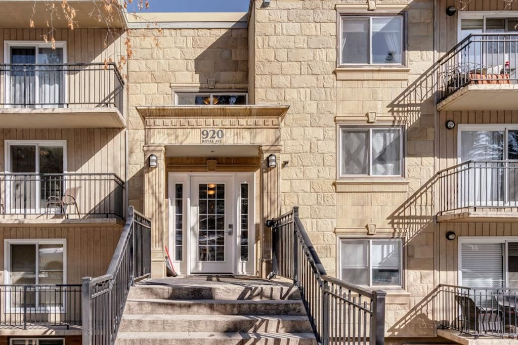 Main Photo: 103 920 Royal Avenue SW in Calgary: Lower Mount Royal Apartment for sale : MLS®# A1088426