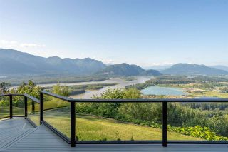 """Photo 20: 8492 HUCKLEBERRY Place in Chilliwack: Chilliwack Mountain House for sale in """"CHILLIWACK MOUNTAIN"""" : MLS®# R2476949"""