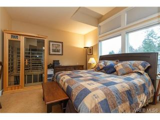 Photo 11: 3610 Pondside Terr in VICTORIA: Co Latoria House for sale (Colwood)  : MLS®# 720994