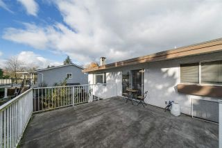 Photo 7: 1122 HOWSE Place in Coquitlam: Central Coquitlam House for sale : MLS®# R2338849