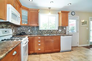 Photo 9: 11781 GEE Street in Maple Ridge: East Central House for sale : MLS®# R2602105