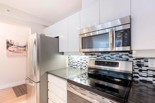 """Photo 6: 307 2288 PINE Street in Vancouver: Fairview VW Condo for sale in """"The Fairview"""" (Vancouver West)  : MLS®# R2617278"""