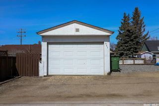 Photo 32: 467 Iroquois Street West in Moose Jaw: Westmount/Elsom Residential for sale : MLS®# SK848902