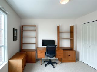 """Photo 13: 210 2105 W 42ND Avenue in Vancouver: Kerrisdale Condo for sale in """"BROWNSTONE"""" (Vancouver West)  : MLS®# R2582976"""