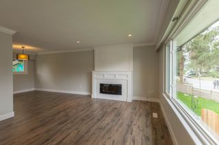 Photo 6: 22939 CLIFF Avenue in Maple Ridge: East Central House for sale : MLS®# R2112470