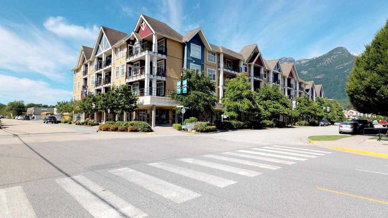 "Main Photo: 313 1336 MAIN Street in Squamish: Downtown SQ Condo for sale in ""Artisan"" : MLS®# R2278372"