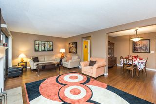 """Photo 4: 1 3150 E 58TH Avenue in Vancouver: Champlain Heights Townhouse for sale in """"HIGHGATE"""" (Vancouver East)  : MLS®# R2142196"""
