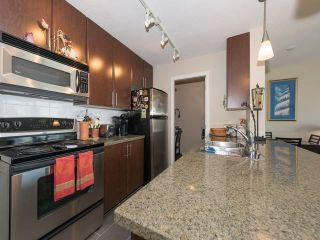 """Photo 15: 1501 58 KEEFER Place in Vancouver: Downtown VW Condo for sale in """"FIRENZE"""" (Vancouver West)  : MLS®# R2075191"""