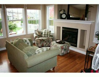 "Photo 5: 36106 SHADBOLT Avenue in Abbotsford: Abbotsford East 1/2 Duplex for sale in ""AUGUSTON"" : MLS®# F2924386"