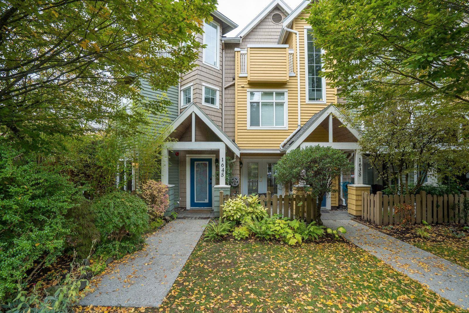 Main Photo: 1645 MCLEAN Drive in Vancouver: Grandview Woodland Townhouse for sale (Vancouver East)  : MLS®# R2623379
