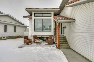 Photo 2: 127 Wood Valley Drive SW in Calgary: Woodbine Detached for sale : MLS®# A1062354