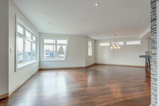 Photo 3: 7989 11TH Avenue in Burnaby: East Burnaby House for sale (Burnaby East)  : MLS®# R2259286