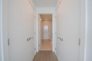 Photo 15: 908 15165 THRIFT Avenue in Surrey: White Rock Condo for sale (South Surrey White Rock)  : MLS®# R2612280