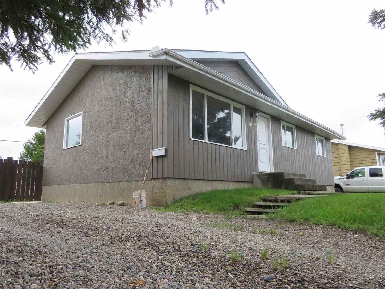 Main Photo: 8807 116 AVENUE in : Fort St. John - City NE House for sale : MLS®# R2387923