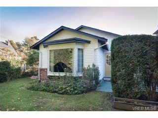 Photo 19: 2255 Woodlawn Cres in VICTORIA: OB North Oak Bay House for sale (Oak Bay)  : MLS®# 683981